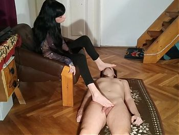 Foot worship, stomping, sniffing by slave pt1